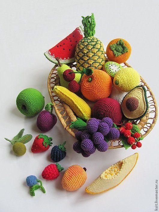 Élelmiszer merített.  Fair Masters - kézzel készített.  Vásárolja Kötött gyümölcsök és bogyók.  Kézzel.  Gyümölcs, élelmiszer babákhoz, ananász