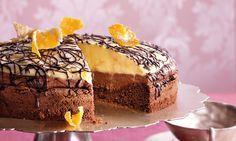 Schoko-Orangen-Torte Rezept: Schön dekorierte Torte mit Orangen-Creme und Schoko-Sahne - Eins von 5.000 leckeren, gelingsicheren Rezepten von Dr. Oetker!