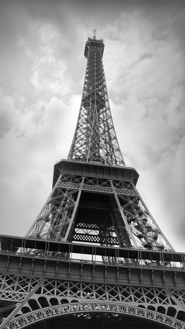 90 Black And White Vintage Eiffel Tower Wallpaper Black And White