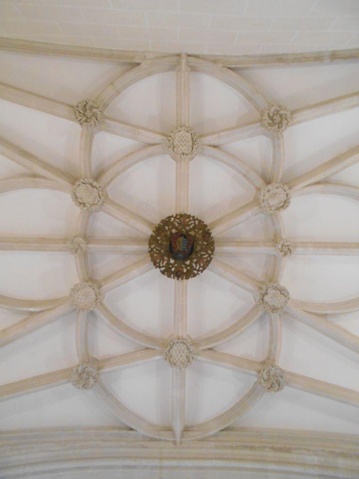 Ornamentación techo de la entrada