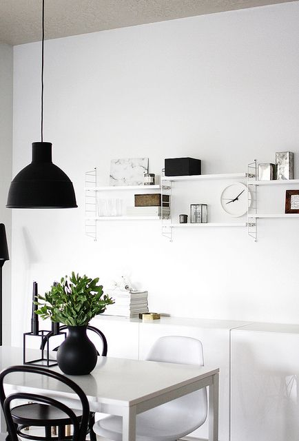 Via A Merry Mishap | Black and White | Muuto | String System | Menu Vase: