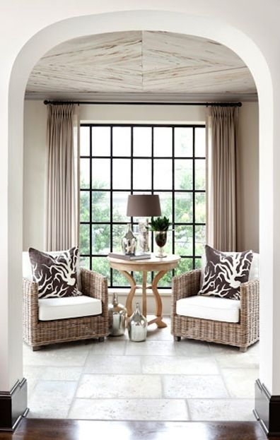 clean space!: Coral Pillows, Ceilings Treatments, Living Rooms, Window Curtains, Ceilings Design, Beautiful Ceilings, Small Spaces, Decor Interiors, Wicker Chairs