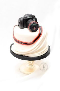 Fondant Camera Canon / Nikon/ DSLR Cake Topper by SweetPeaCakesArt