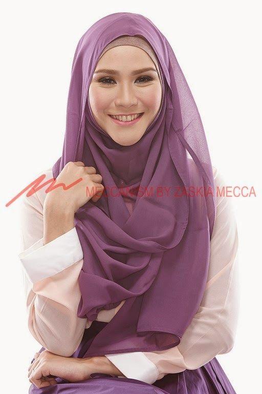 Zaskia Adya Mecca: Hijab Tutorial 4