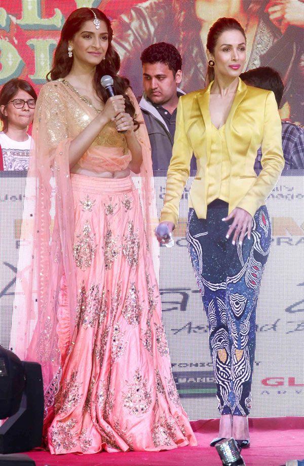 Sonam Kapoor with Malaika Arora Khan at music launch of 'Dolly Ki Doli'. #Bollywood #Fashion #Style #Beauty