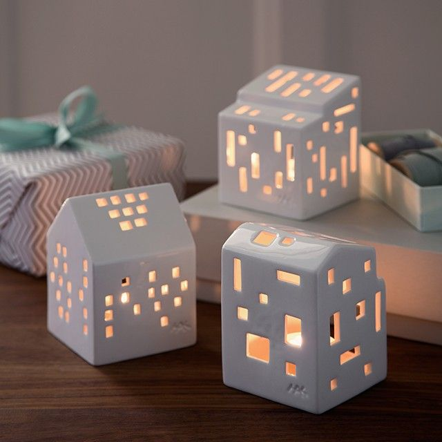 The miniature Urbania light house stands elegantly on its own or as part of a unique design tableau which fills the room with sparkling rays of light and alluring silhouettes.