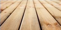 How to Use OxiClean to Wash a Deck | eHow