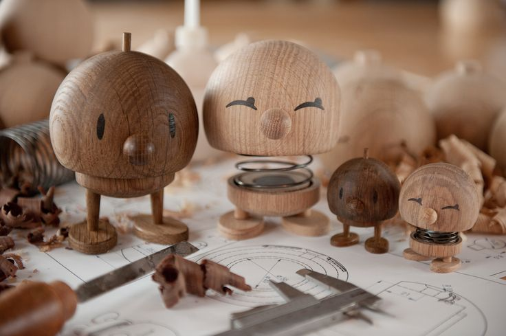 Assembly of wooden Hoptimists