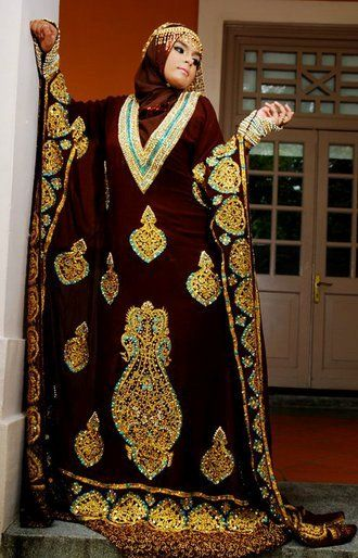 Woman wearing dress Arabian style | ⋘ ARABIAN STYLE ...