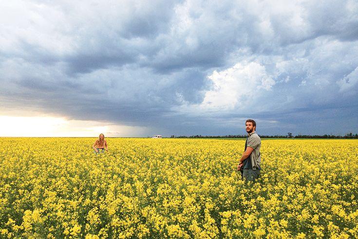 "Liam Hemsworth and Teresa Palmer New Film ""Cut Bank"" Trailer"