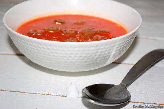 Kristins Middagstips: Paprikasuppe med krutonger
