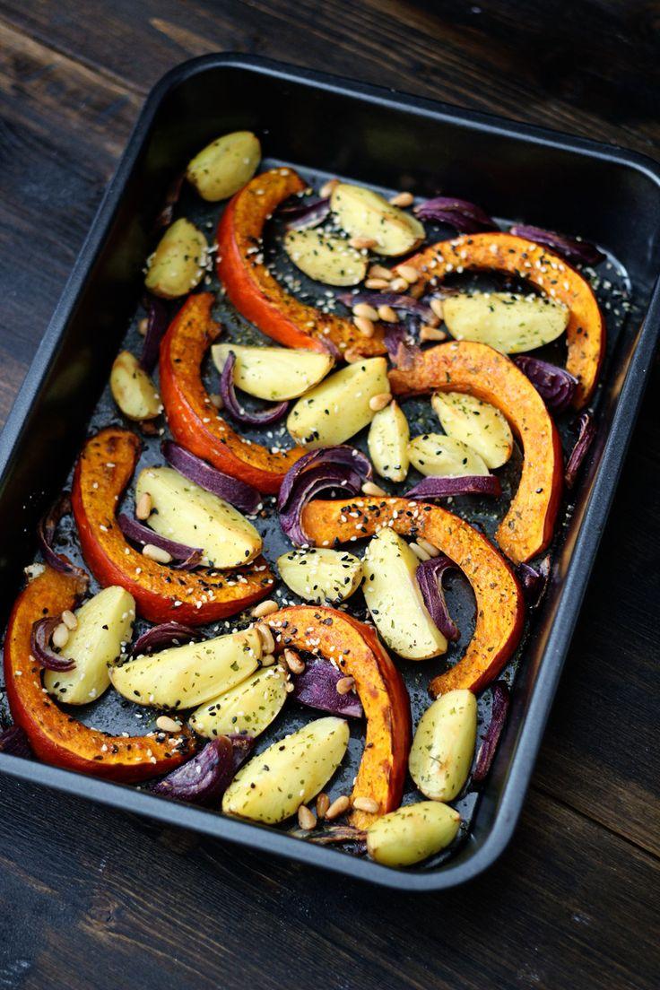 Gebackener Kürbis mit Kartoffeln und Zwiebeln / Roasted Pumpkin Recipe