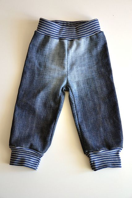 Kinderhose aus der des Vaters / Children's trousers made from father's trousers