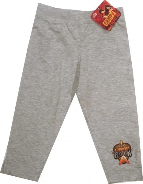 Pantalon 3/4 oficial Disney cu Camp Rock, 95% bumbac, 5% elastan.