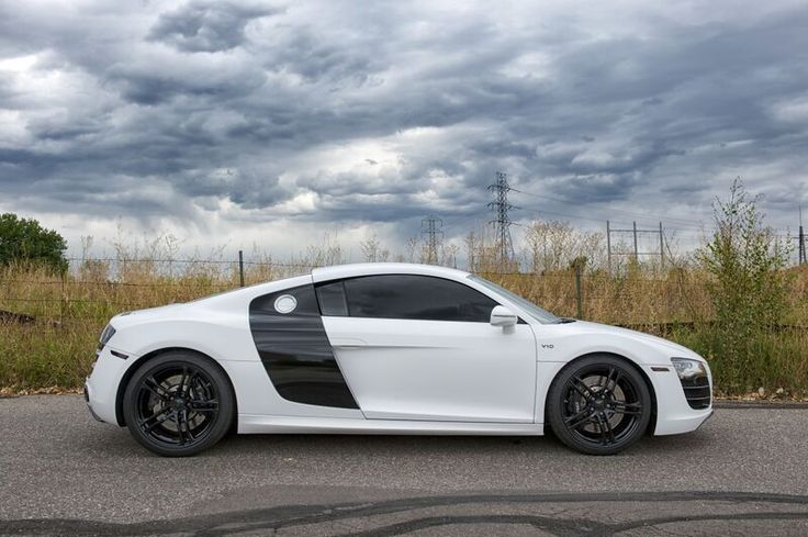 Audi: R8 2011 audi r 8 v 10 Check more at http://auctioncars.online/product/audi-r8-2011-audi-r-8-v-10/