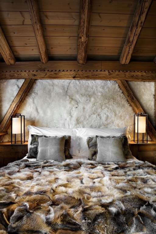 Time to get snuggly #Cabin #Decorating #Lodge #Chalet #Ski #Style #Mountain #Decor #bedroom #wood #raw #beams #animal #skin #cozy #comfort
