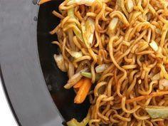 Chinesische Nudeln mit Thermomix   – vorwek recette –   #chinesische #mit #Nudel…