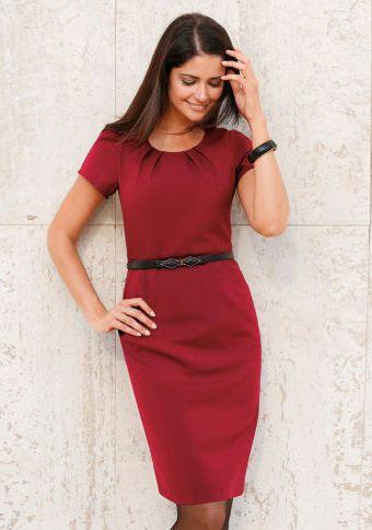 Šaty s krátkými rukávy #ModinoCZ #dress #formal #elegance #styl #moda #fashion #bordo
