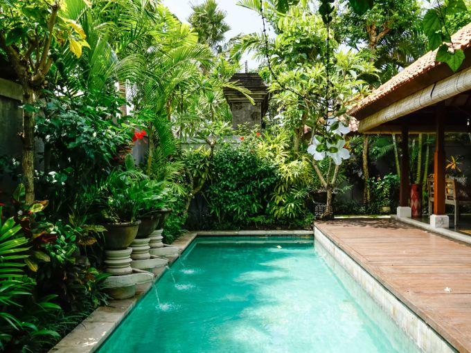 専用プール付きヴィラが1泊1万円 究極か バリ島チャングーへ