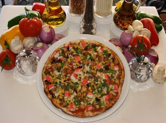 Pizza of the Month-Chili Crab Pizza @ Al Diar Dana Hotel