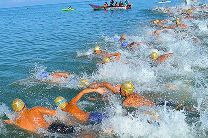 ¡Todo listo! Arranca Invitacional de Aguas Abiertas en Pampatar #Deportes #Extremos