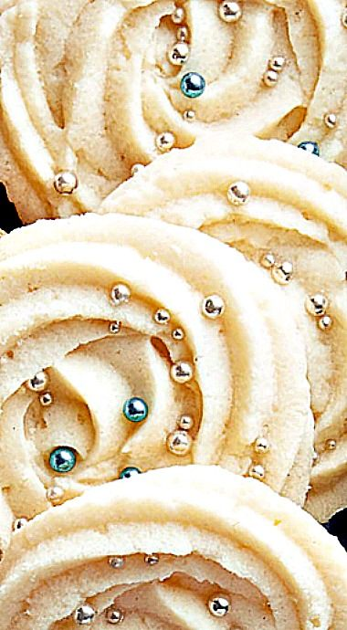 Whipped Shortbread Cookies - Each bite of these delicate, buttery cookies melts in your mouth. ❊