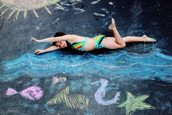 Love the combination of chalk and photography~