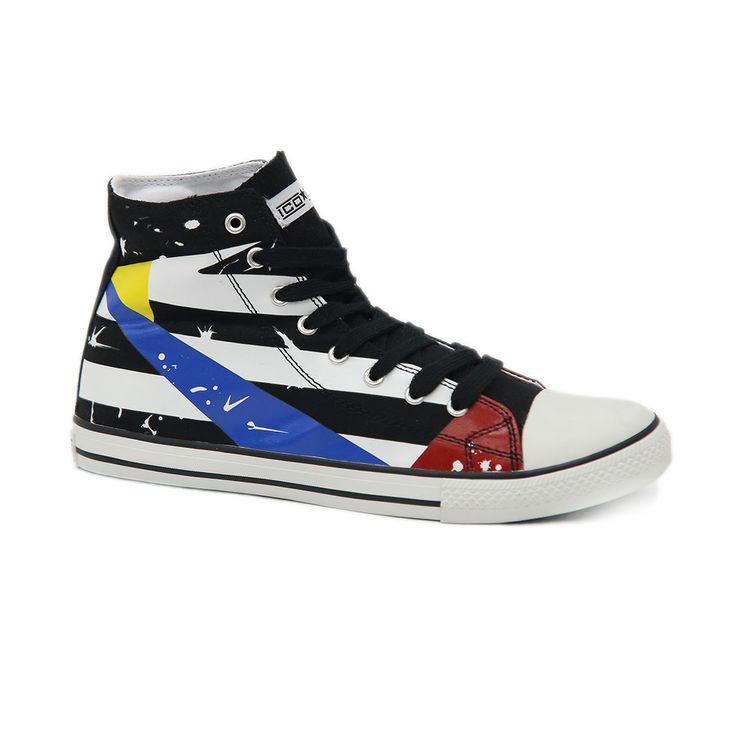Κλασσικό, αλλά πάντα επίκαιρο το μαύρο με κόκκινες και μπλε αποχρώσεις μποτάκι sneaker I-conv.  Διαθέτει σόλα από καουτσούκ και πάνω μέρος από πανί. Πρακτικό, αποτελεί κατάλληλη και οικονομική λύση για καθημερινό σπορ ντύσιμο.