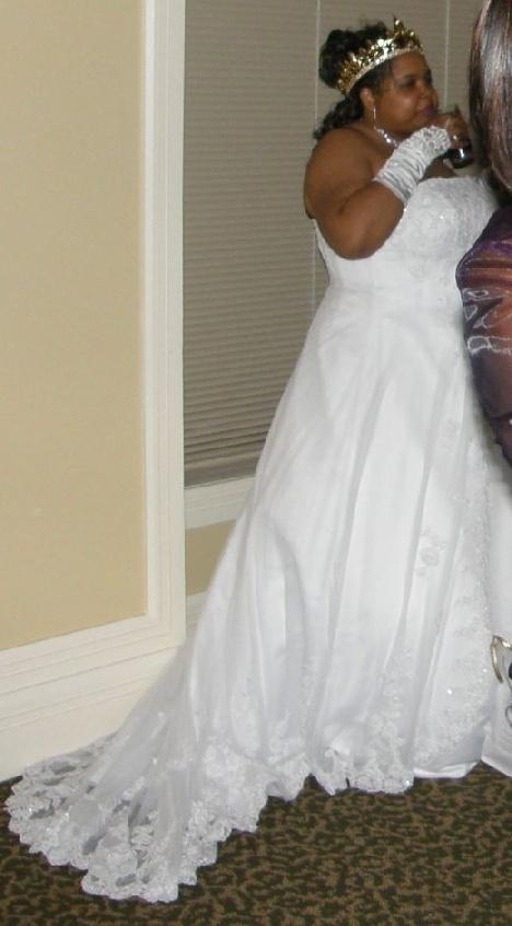 Wedding dresses size 22 madison wi weddings1 pinterest for Size 22w wedding dresses