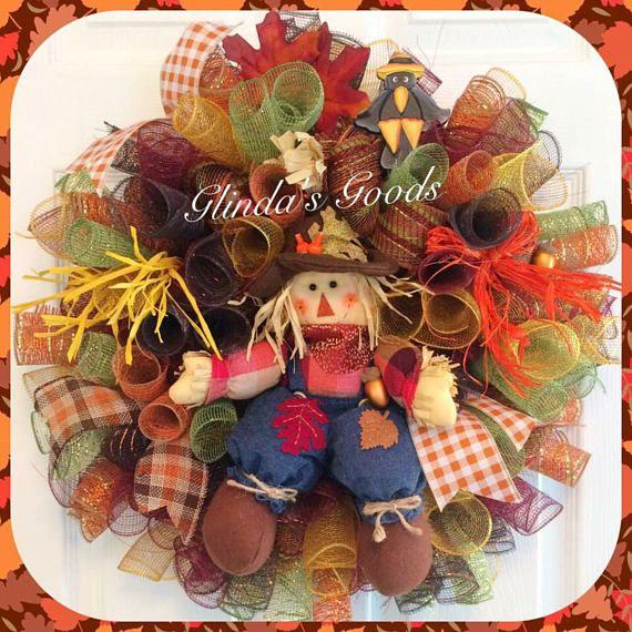 best 25 scarecrow wreath ideas on pinterest halloween burlap wreaths halloween door wreaths. Black Bedroom Furniture Sets. Home Design Ideas