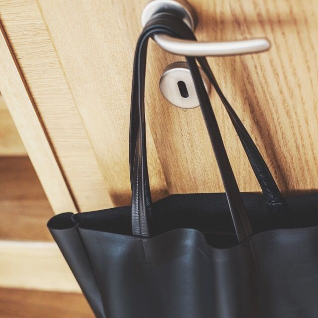 Leather bag: black shopper made by twentysix.cz