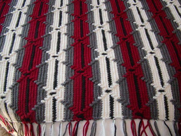 "afghan called ""Navaho"" crochet"