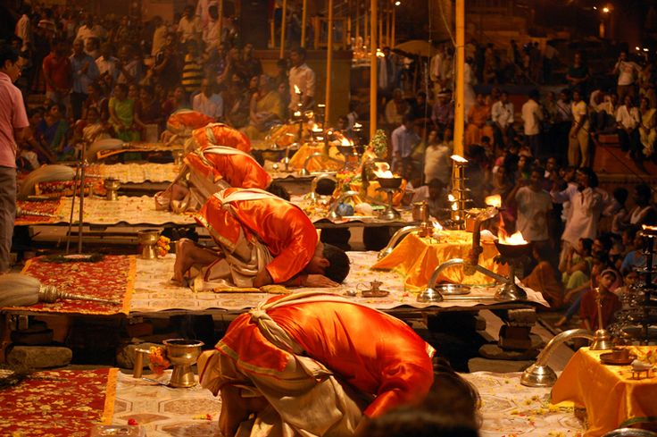 #MyWayOnHighway: Day 62, The evening prayer ceremony at Varanasi India #religious #travel