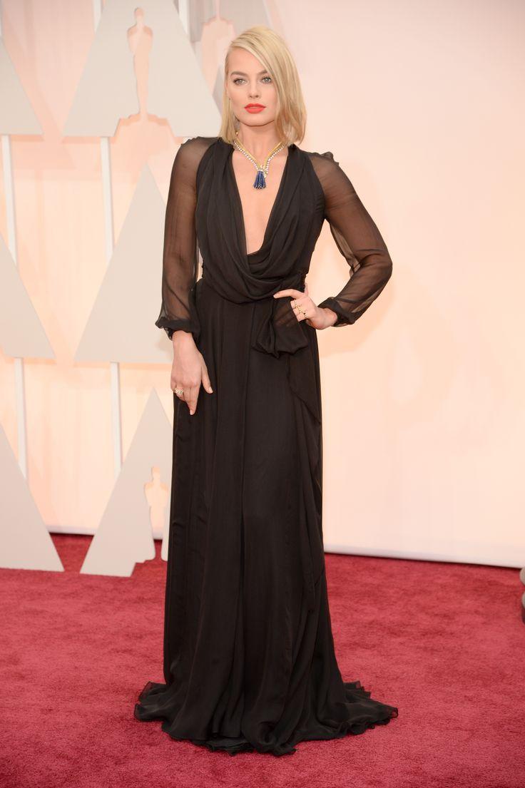Margot Robbie | Oscars Red Carpet 2015