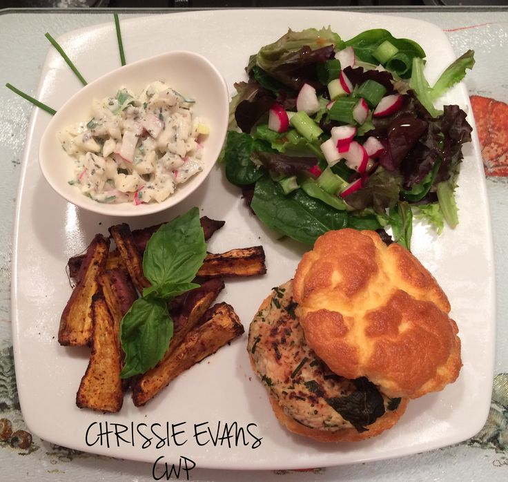 TURKEY BURGER served with SWEET POTATO WEDGES, Salad and a CELERIAC, RADISH AND SPRING ONION faking it COLESLAW   Turkey Burger  100g minced turkey  dried Thyme Sage Rosemary 5g Spring Onion diced  Season the turkey with the spices and add the diced spring onion. Light fry for a few minutes on each side before transferring to preheated oven at 180• and cook the burgers for 10-12 minutes until cooked through and browned. Remove from oven and serve with cloud bread  Make cloud bread   1 egg…