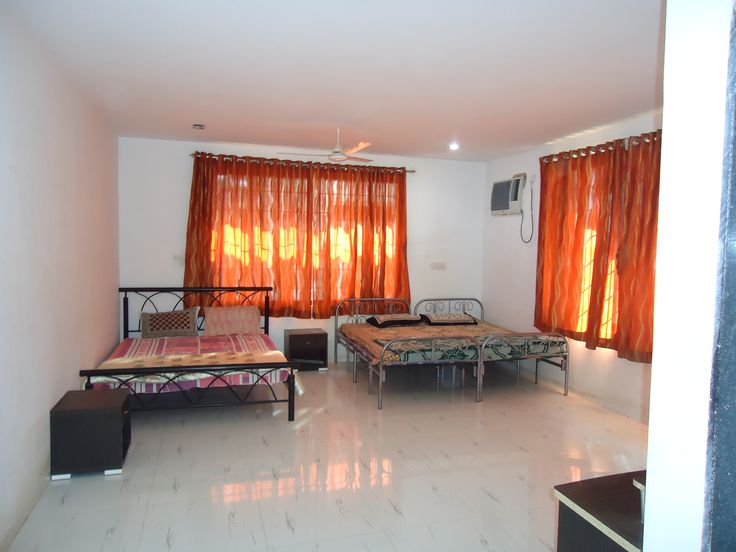 spacious rooms in this wonderful bungalow