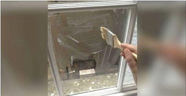 ¿Eres de las personas que les gustaría decorar a estilo propio las ventanas de tu casa? Cuando tenemos ventanas de cristal uno de los principales problema es que los vecinos nos ven a través de las ventanas, si te sientes agotada de que tus vecinos te vean a través de las ventanas pero no deseas …