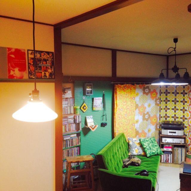 レトロ/ごちゃごちゃ/カラフル/緑色が好き/猫と暮らす。/カリモク60…などのインテリア実例 - 2015-08-04 21:05:24 | RoomClip(ルームクリップ)
