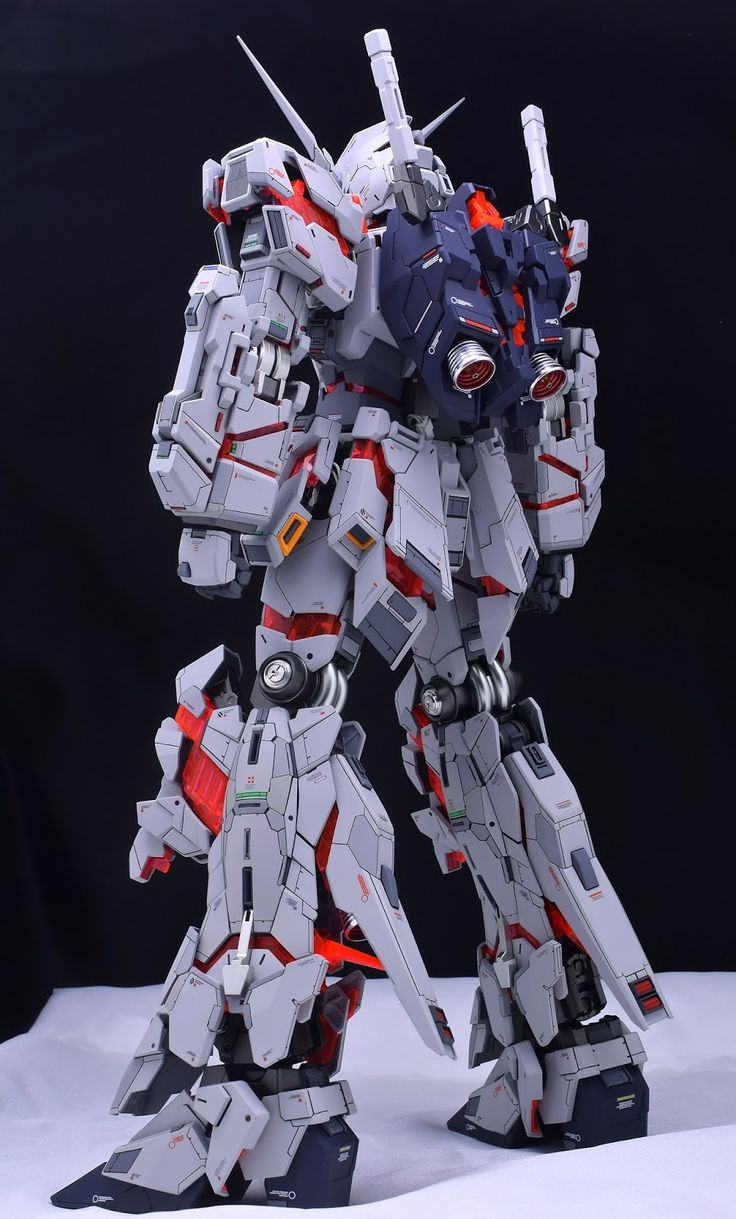 http://gundamguy.blogspot.com/2016/11/pg-160-unicorn-gundam-customized-build.html