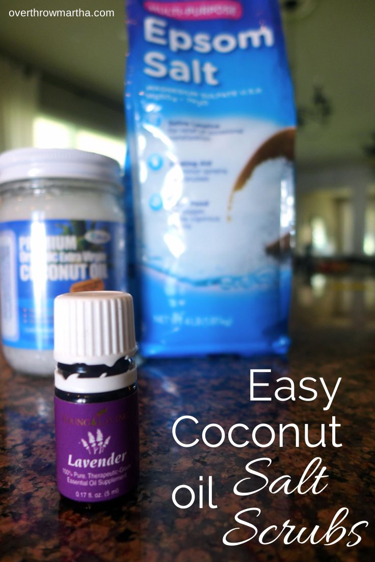 Salt scrubs are such an easy DIY gift for holidays and I love coconut oil #gift #DIY #saltscrub