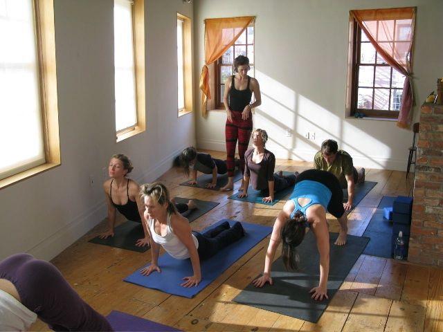 Stunning Home Yoga Studio Design Ideas Pictures - Interior Design