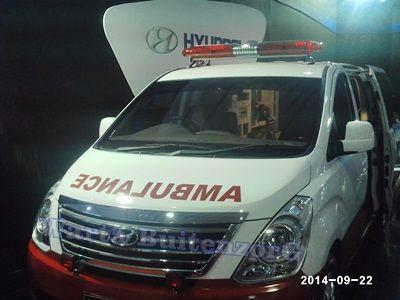 Ambulance Indonesia dengan jenis mobil pessanger Produksi PT.KIA