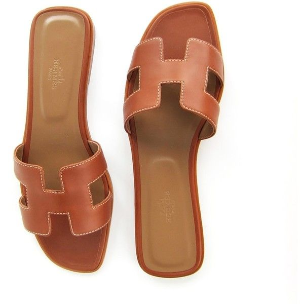 Pre-owned Hermes Gold Oran Box Leather Sandals Shoes Size 40 Or 9.5... ($699) ❤ liked on Polyvore featuring shoes, sandals, gold, hermès, genuine leather shoes, gold sandals, leather sandals and hermes sandals
