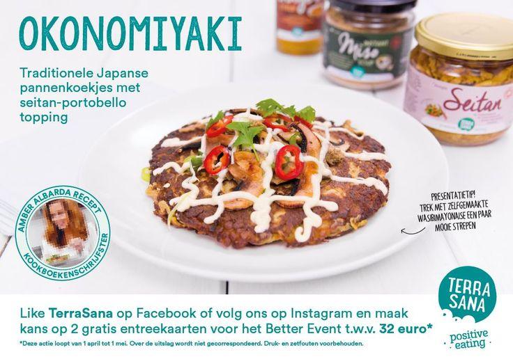 Je kunt dit recept goed maken voor de lunch, maar in Japan wordt okonomiyaki ook vaak geserveerd bovenop noedels. Zo heb je een heerlijke avondmaaltijd vol met heerlijke biologische ingrediënten!  Wil jij dit recept maken? Het receptkaartje vind je op www.terrasana.nl #recept #okonomiyaki #amberalbarda