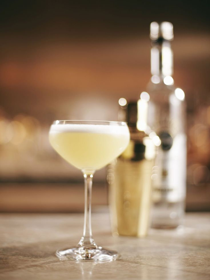 The French 75. See how it's made plus 6 other chic cocktails every girl should know.