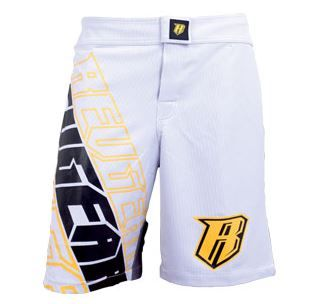 White Centurion fight shorts from Revgear. Excellent MMA shorts designed to assist movement and high kicks. Just $65.00 and $10.00 postage Australia wide