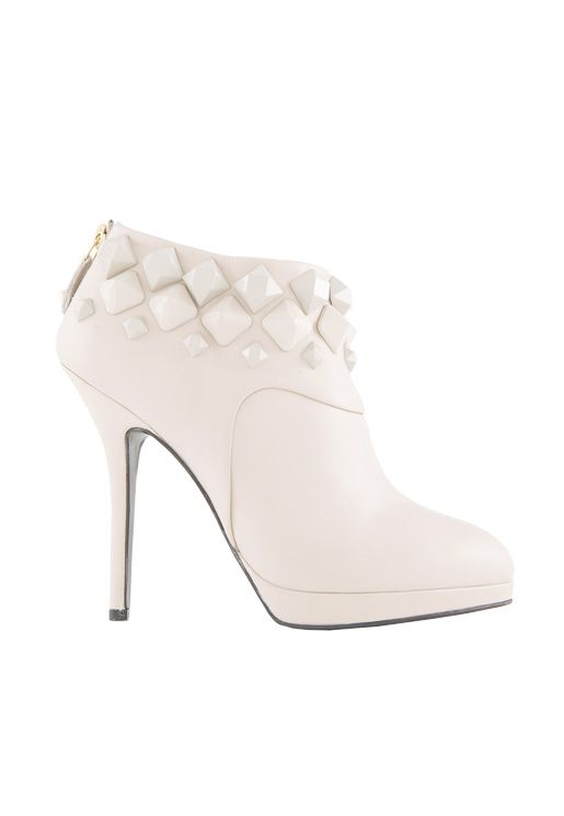 -40% #sales Napa calfskin ankle #boot with tone on tone #studs. So chic! Materials: #calfskin Colors: cream