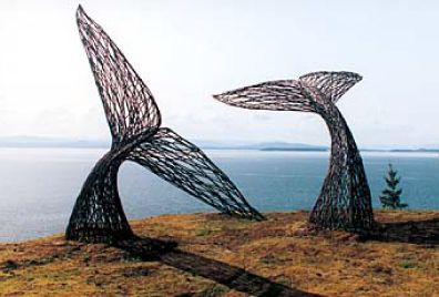 Peter Busby's Whale tale sculpture is amazing!