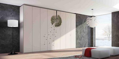 MAZZALI: wallpaper closet