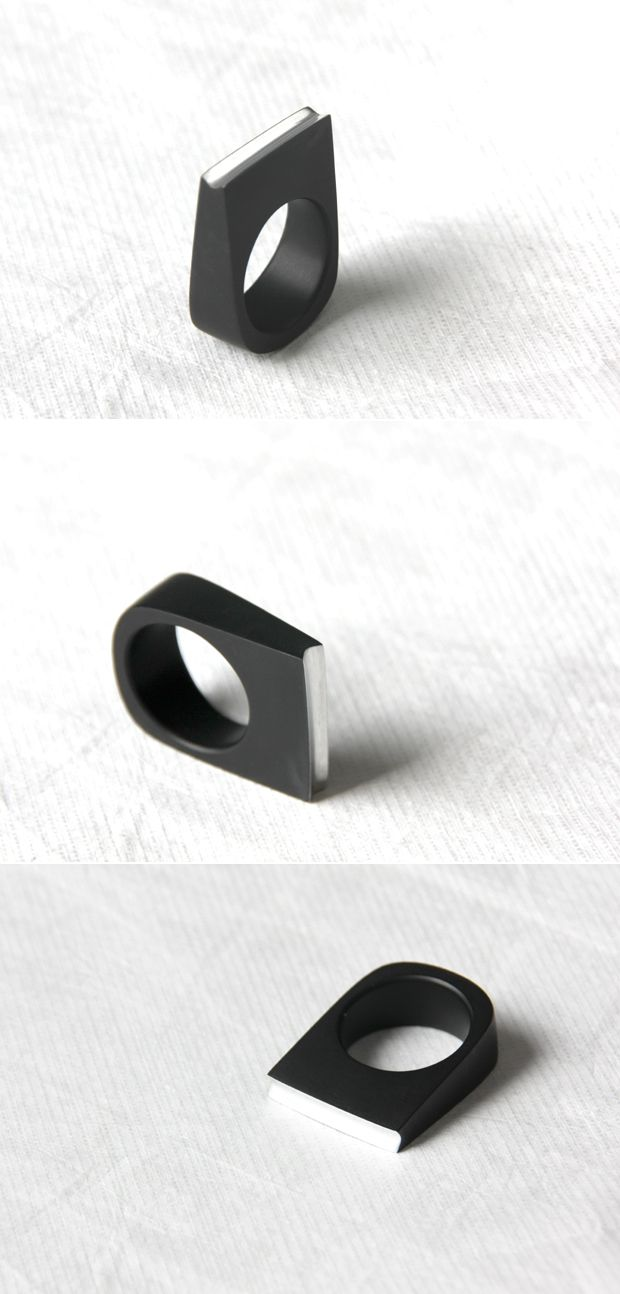 SCORE ring - LOVE SIMPLICITY collection. Tomas Holub - minimalist jewelry made of anodized and polished aluminum. Enjoy your own piece of aluminum!